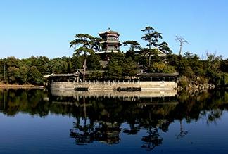 Летняя императорская резиденция Бишушаньчжуан в Чэндэ