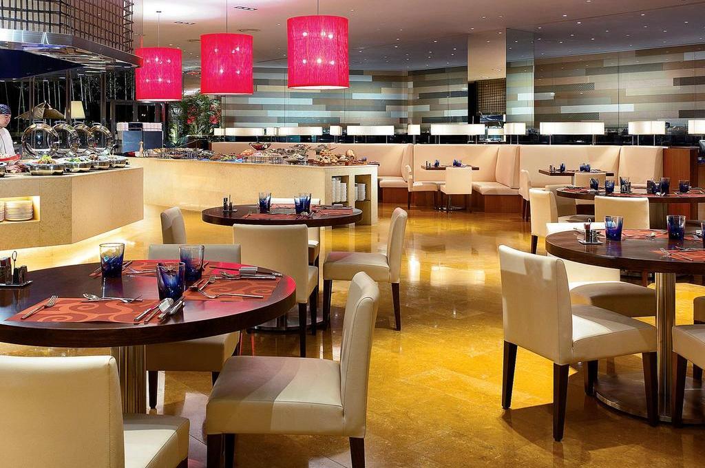 Отель NOVOTEL CITYGATE 4* в Гонконге