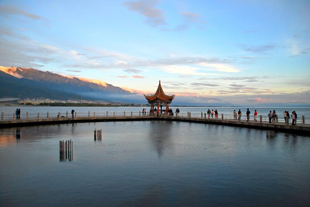 Озеро Эрхай в Дали