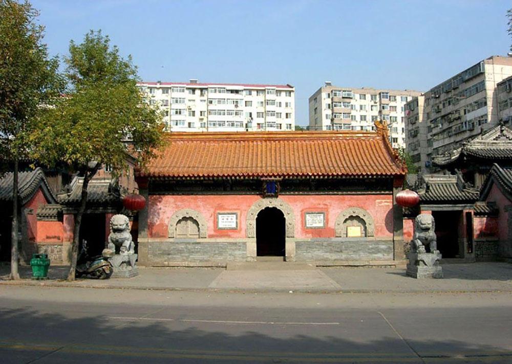 Храм городских богов в Чэндэ