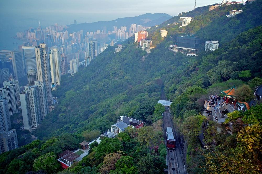 Пик Виктория — высочайшая точка острова Гонконг