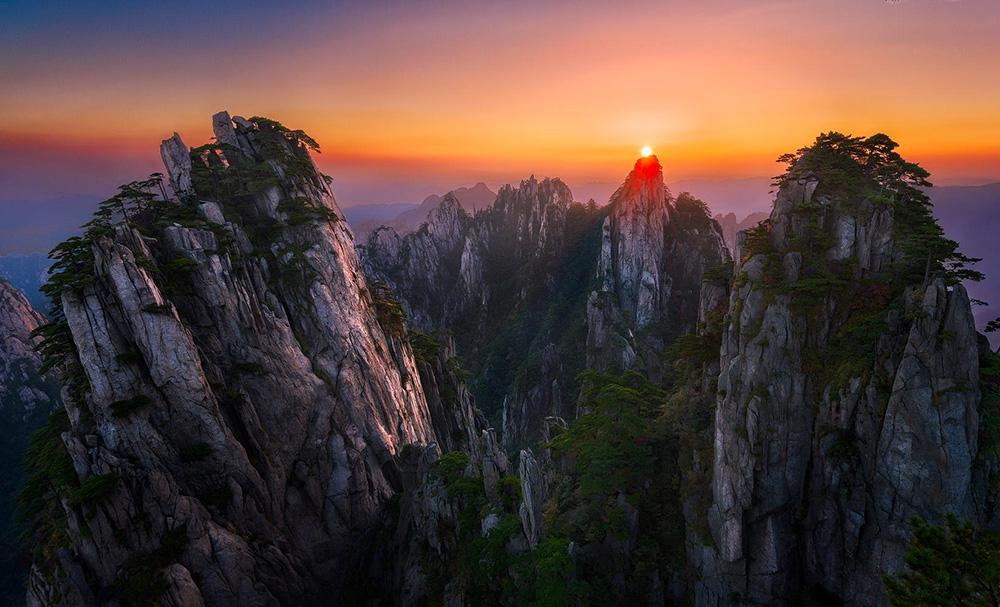 Желтые горы в Хуаншане