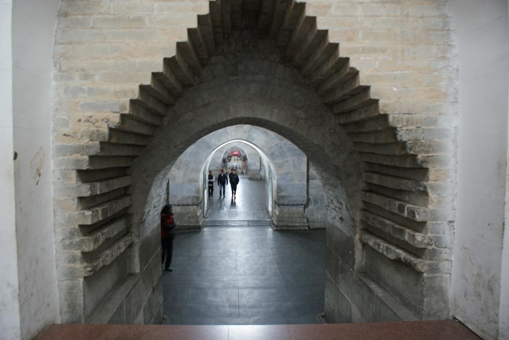 Подземный дворец Динлин