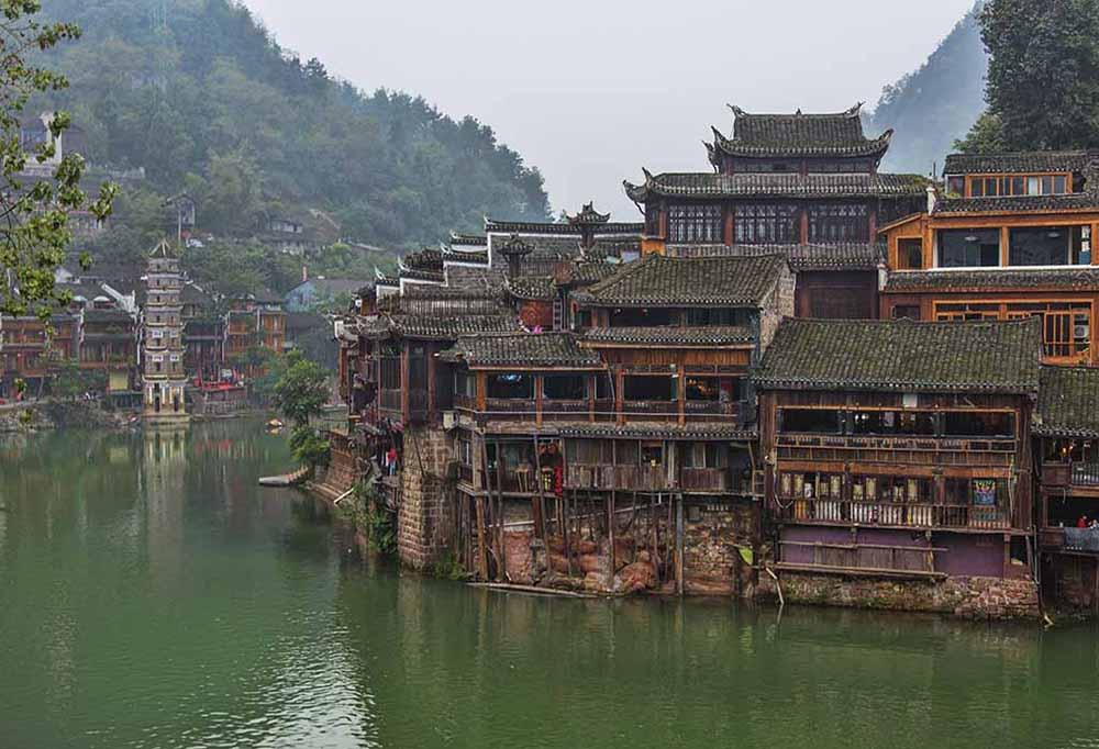 Древний город Фэнхуан