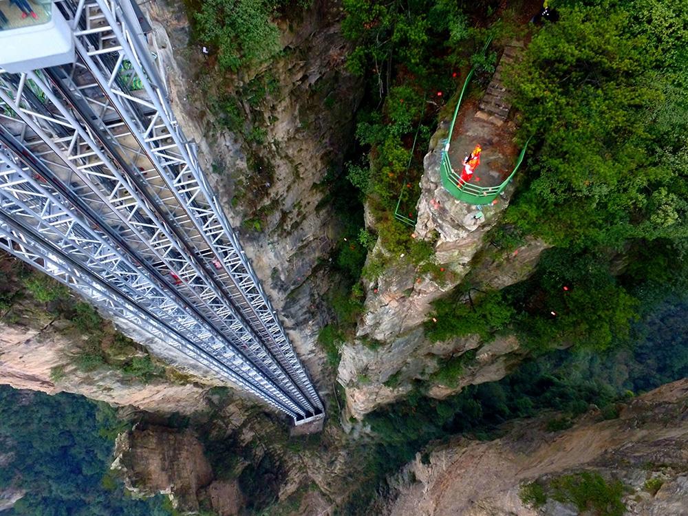 Лифт Ста Драконов — самый высокий открытый подъемник в мире