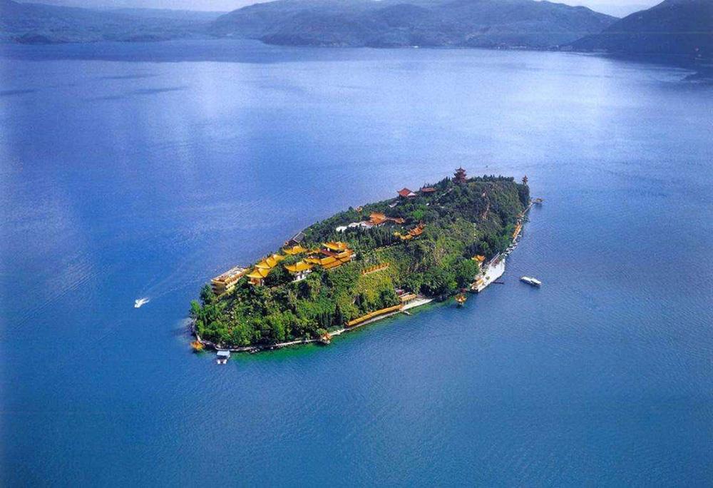 Остров Гушань на озере Сиху