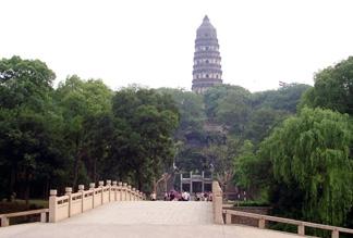 Пагода храма Облачных скал