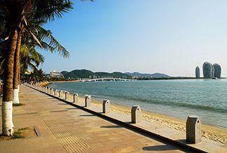Бухта Санья на острове Хайнань