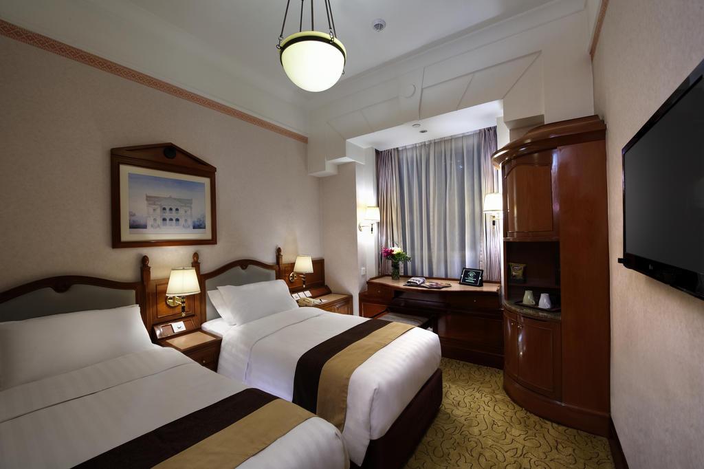 Отель CHARTERHOUSE 3* в Гонконге