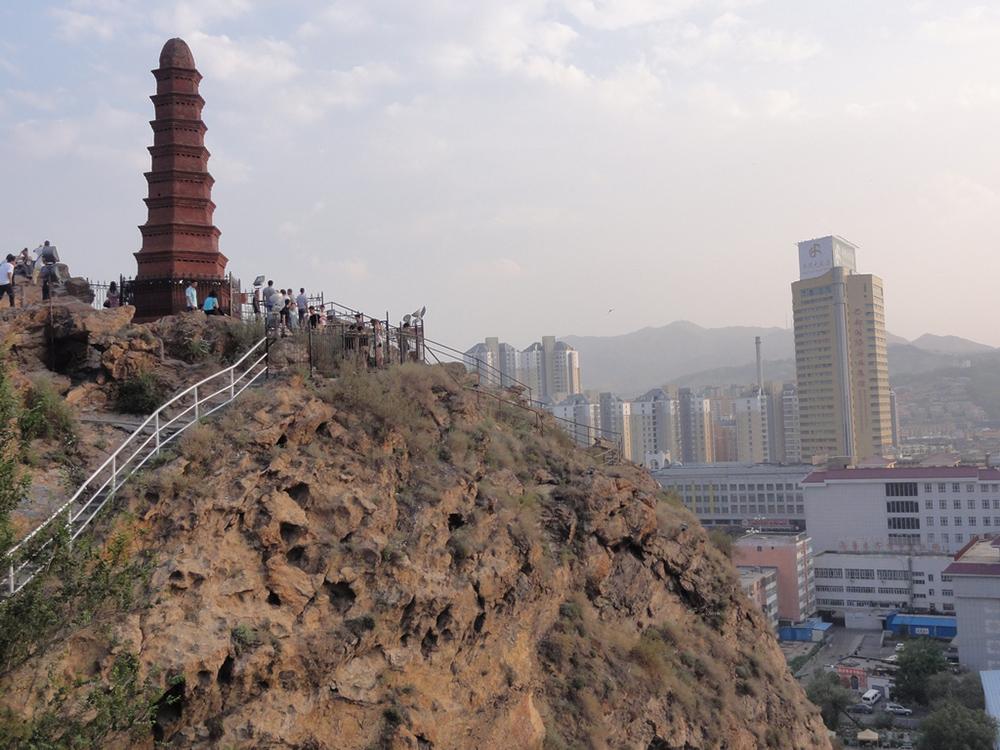 недоношенного ребенка смотреть фото достопримечательности города урумчи пирс башней это